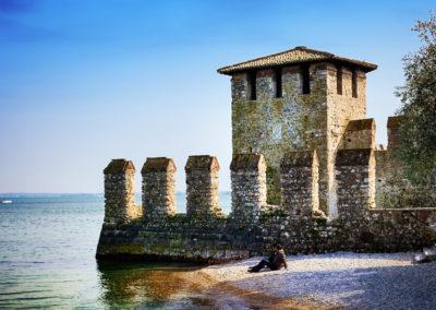 Замки на озере Гарда